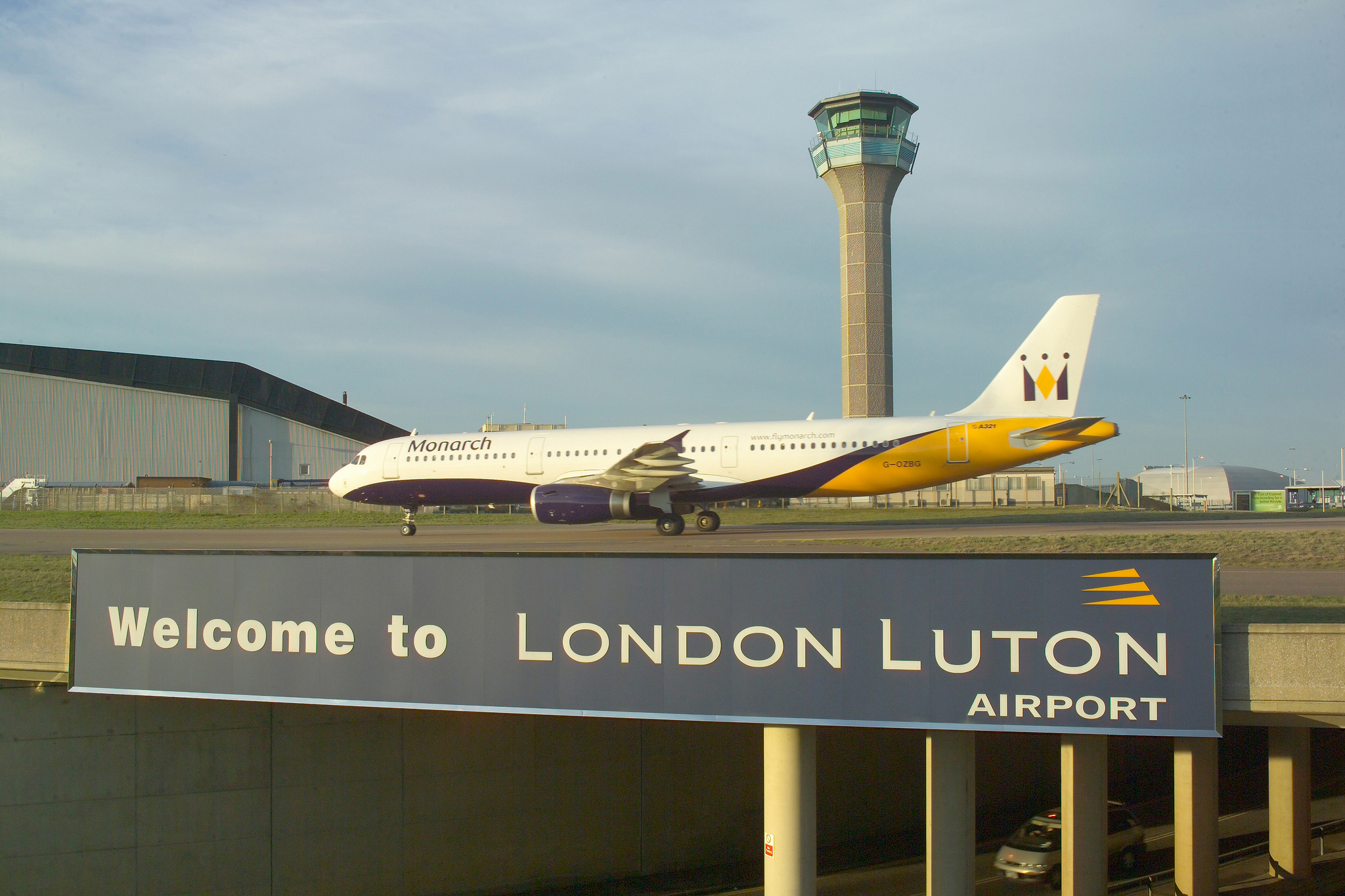NEW TRAFFIC HIGH FOR LONDON LUTON AIRPORT