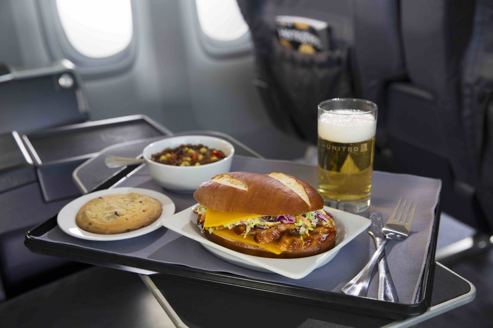 Airlines Offer Free Meals on Their US Flights